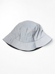 Bucket hat i reflexmaterial Metallic