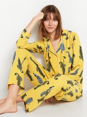 Gult pyjamassett med dyr Gul