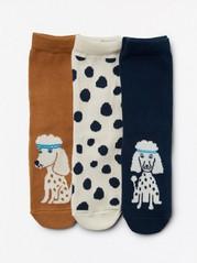 3 paria sukkia, joissa puudeleita ja pilkkuja Sininen