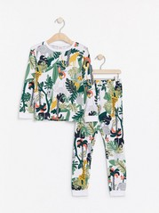 Pyžamo spotiskem džungle Bílá