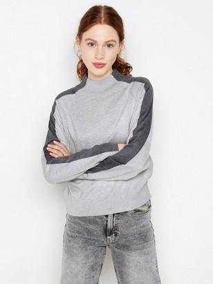Finstickad grå tröja Grå