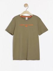 Kortärmad t-shirt med tryck Khaki
