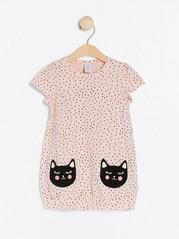 Helmönstrad tunika med kattfickor Rosa