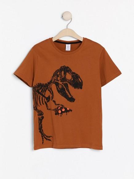 Brun T-skjorte med dinosaurtrykk Brun