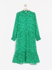 Vzorované dlouhé šaty Zelená