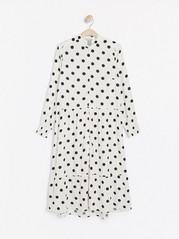 Dlouhé puntíkované šaty Bílá