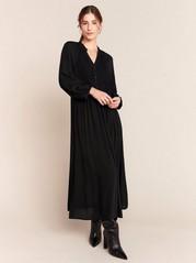 Svart klänning med smockdetalj Svart