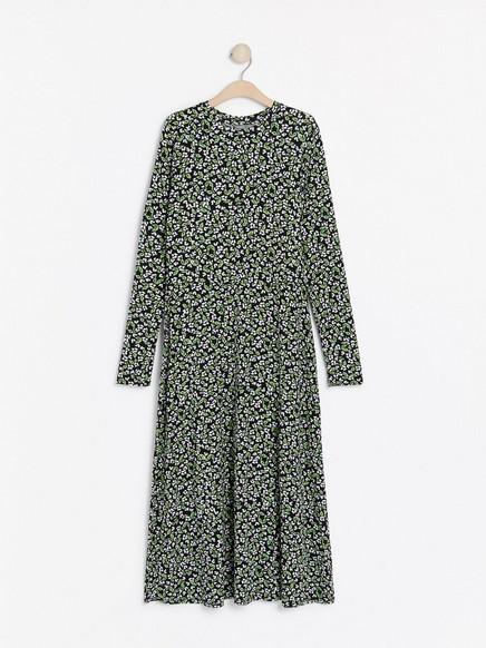 Mönstrad långärmad klänning Grön