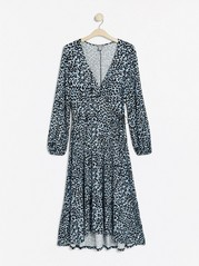 Lang kjole med omslagsoverdel Blå