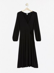 Lång klänning med omlottöverdel Svart