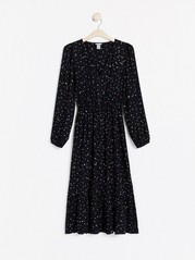 Mønstret kjole med V-hals Svart