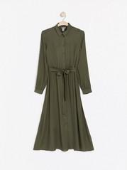 Lång skjortklänning med knytskärp Khaki
