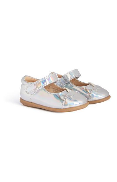 Silberne Schuhe (kleine Mädchen)