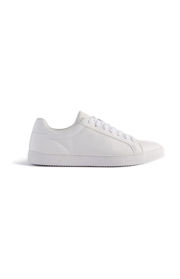 Weiße Pump-Sneaker zum Schnüren