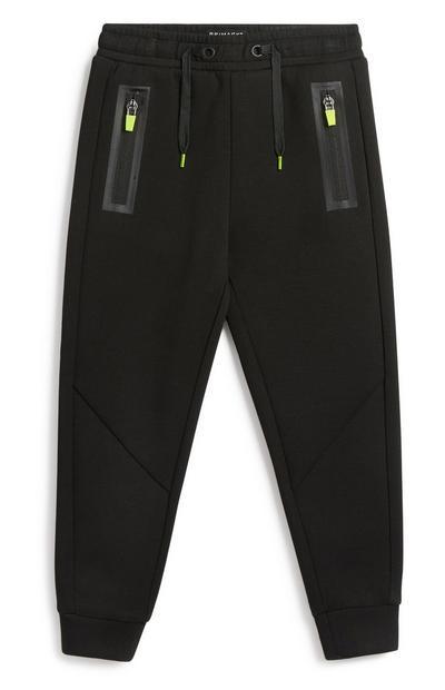 Sportliche schwarze Jogginghose (kleine Jungen)