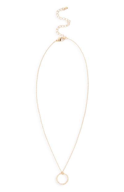 Halskette mit rundem Anhänger