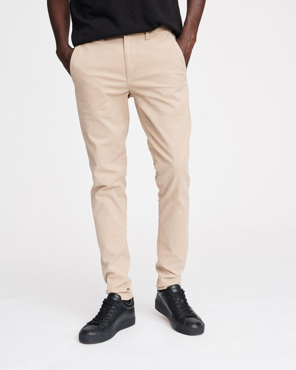 Fit 1 Low-Rise Chino