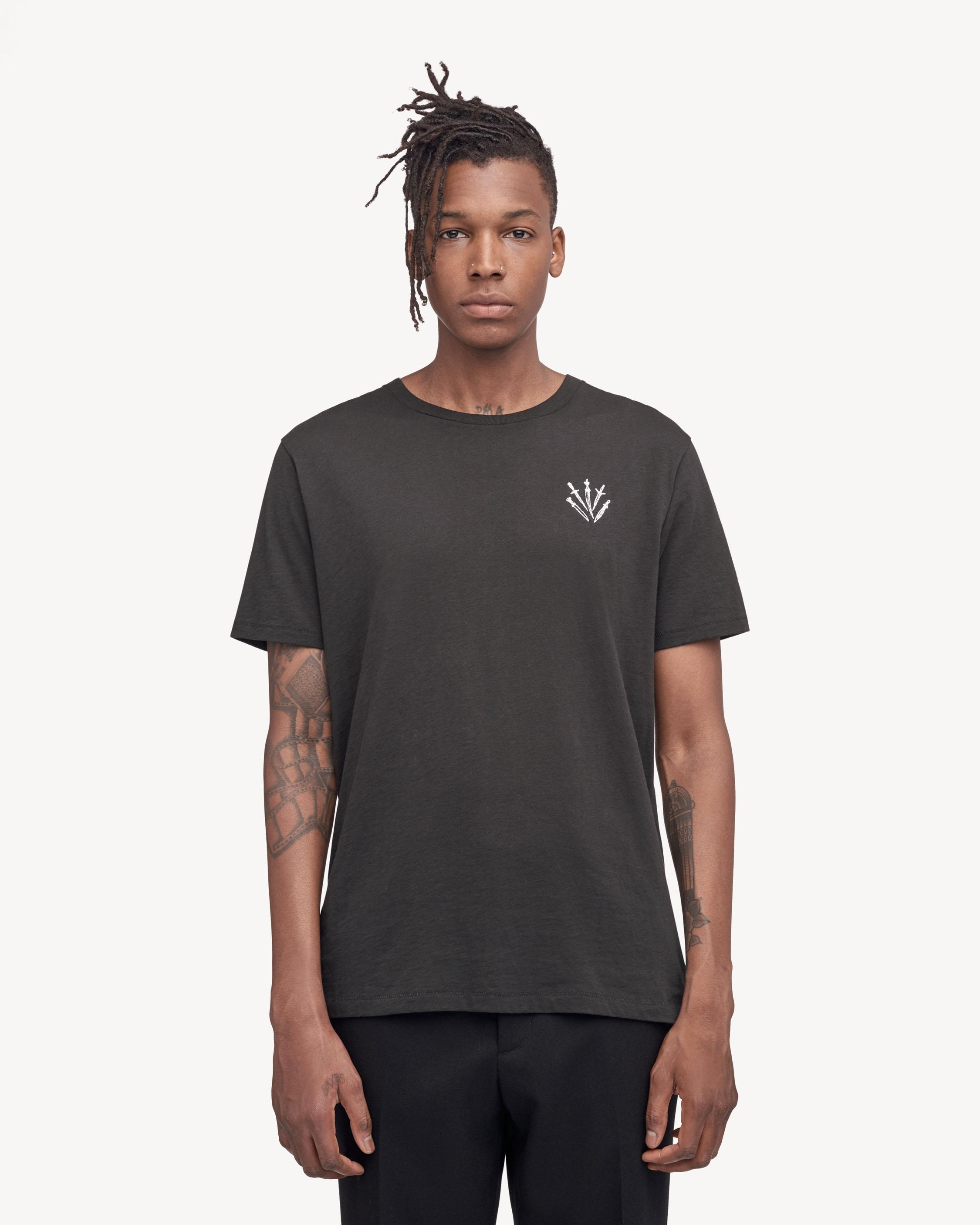 DAGGER EMBROIDERY TEE