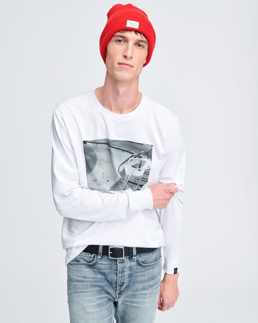 CHAIR PHOTO LONG SLEEVE TEE
