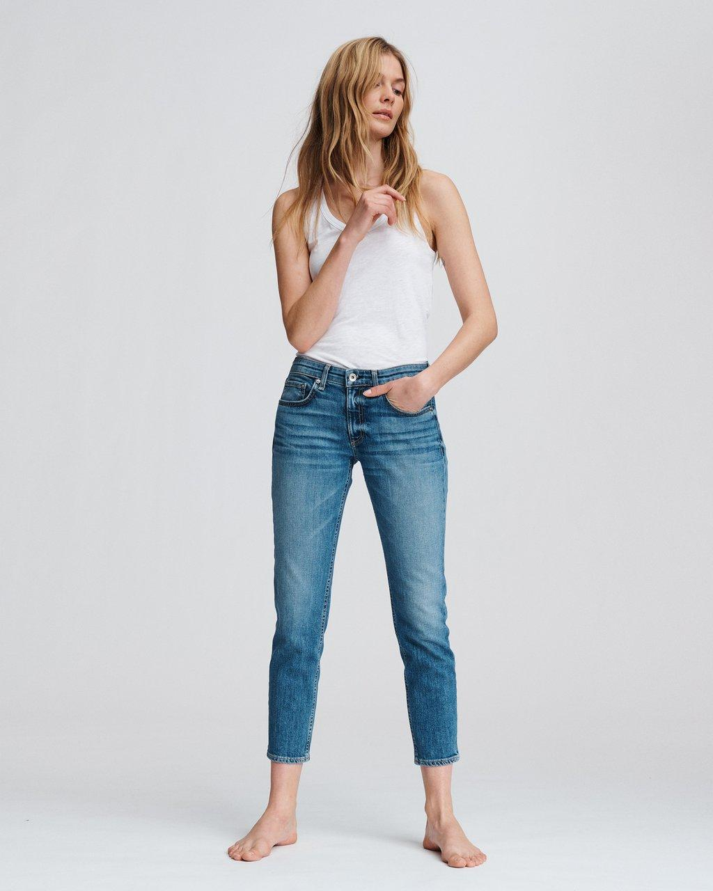 DRE LOW-RISE ANKLE SLIM BOYFRIEND