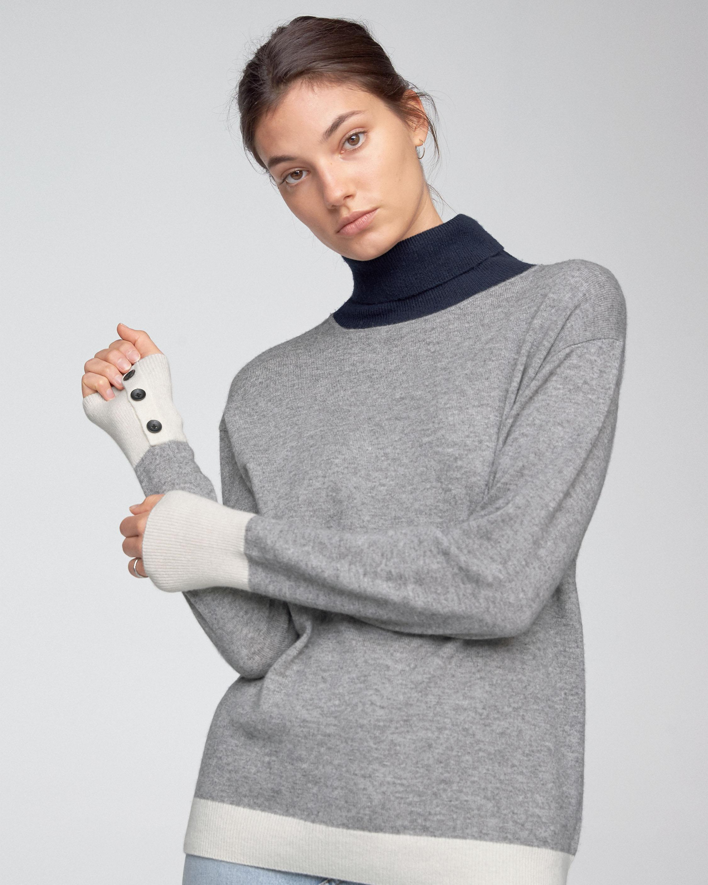 RHEA TURTLENECK