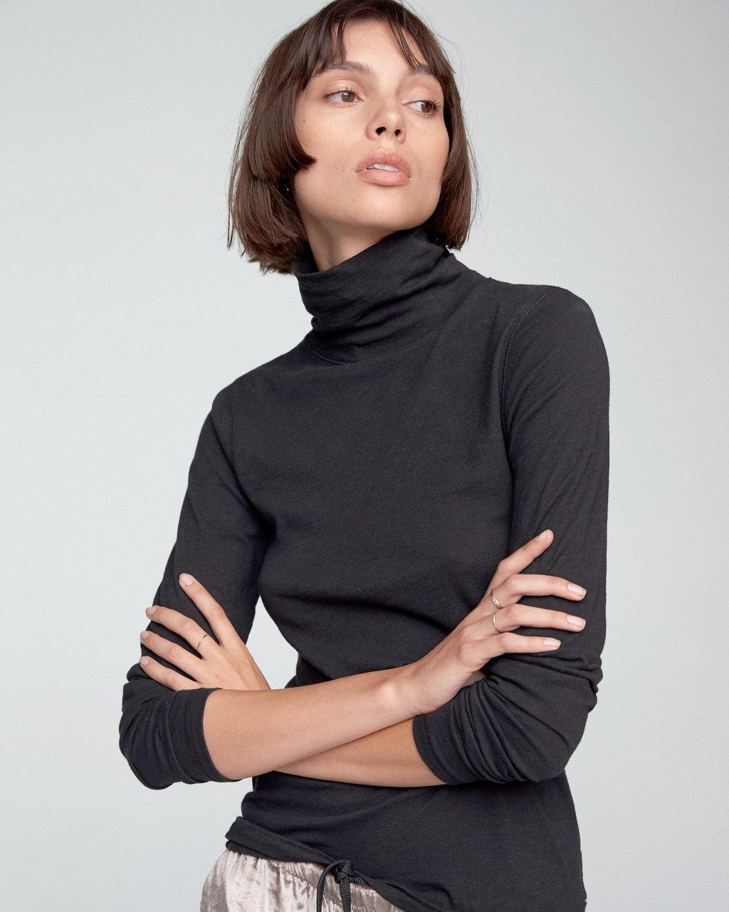 THE SLUB TURTLENECK
