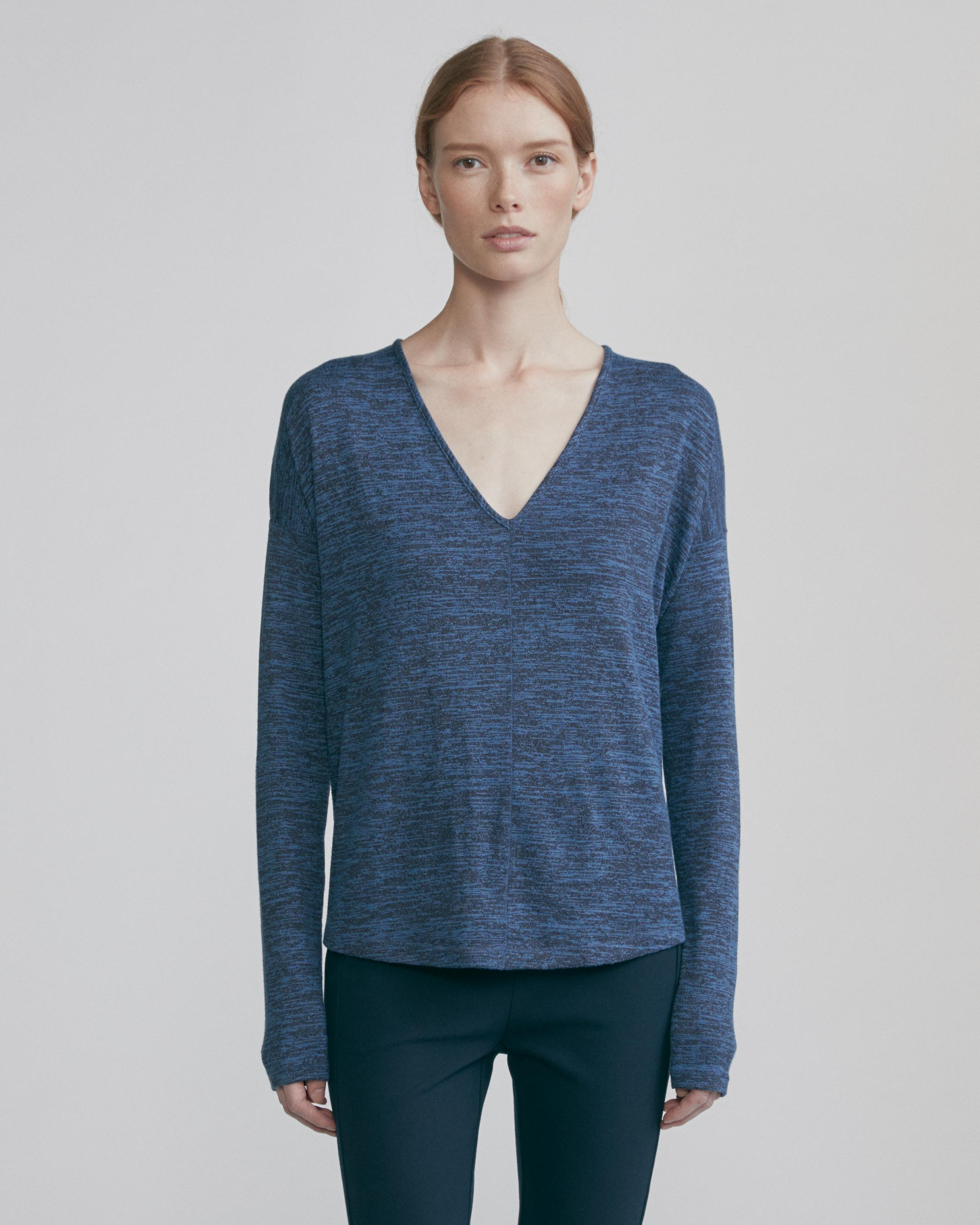 Hudson Vee Long-Sleeve
