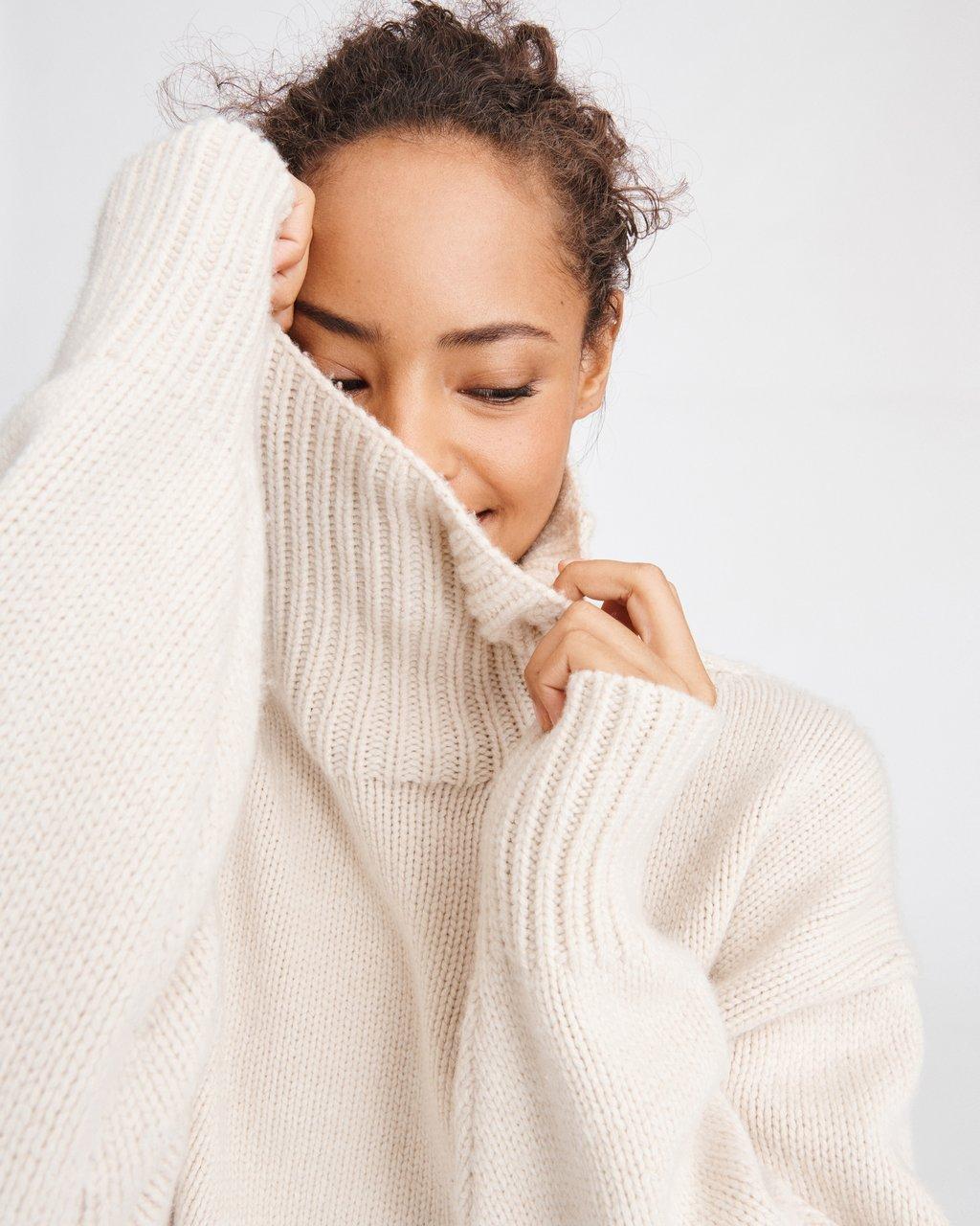 Lunet Chunky Turtleneck Sweater In Kelly Green Rag Bone
