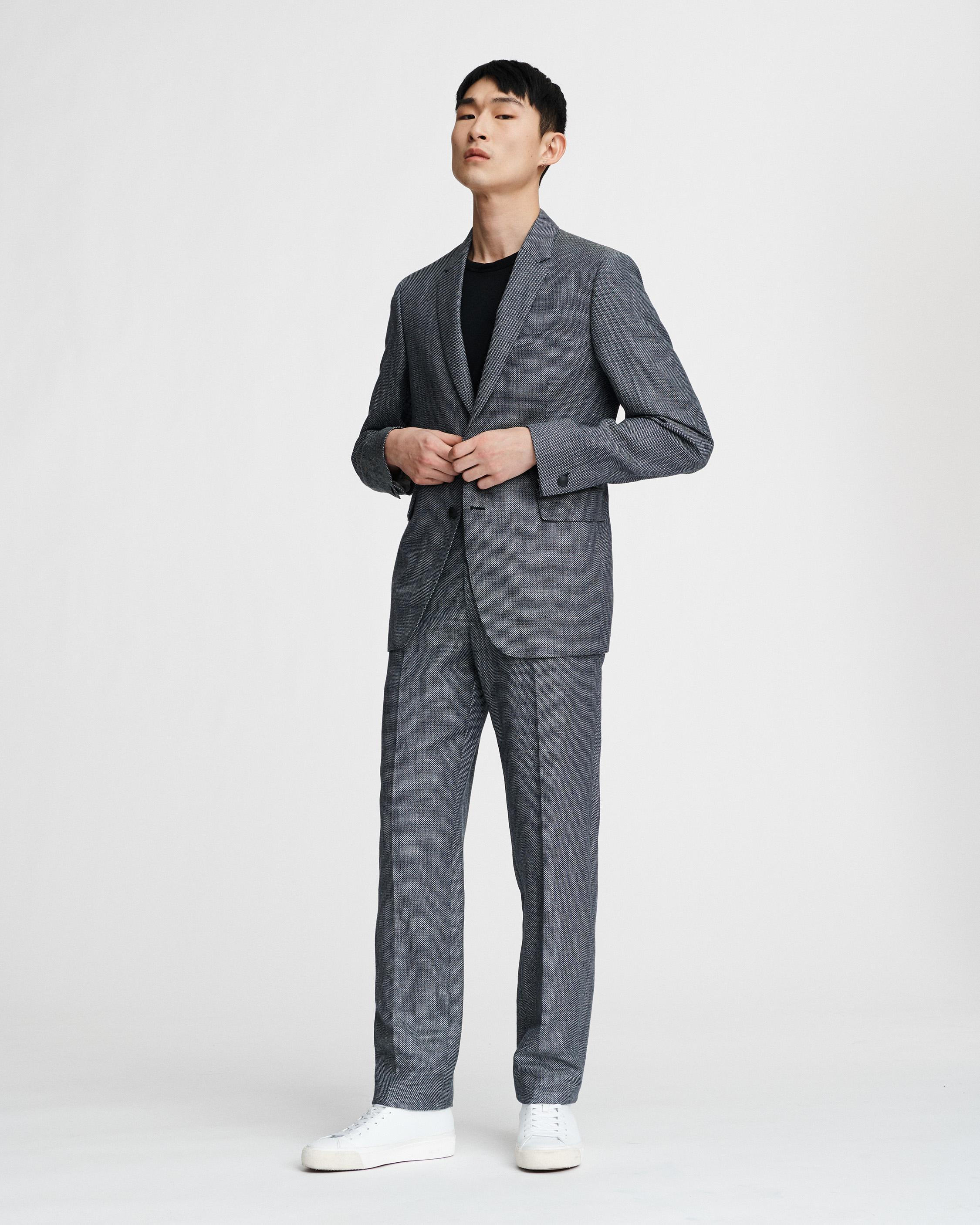 Razor Suit in Navy/White