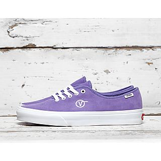 5cb5bb7766 Vault by Vans Authentic One Piece Circle V