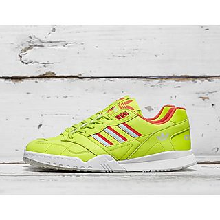 1a7b35e230f57e adidas Originals A.R. Trainer