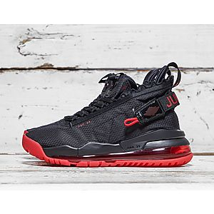 2fc9d27bd8396e Footwear