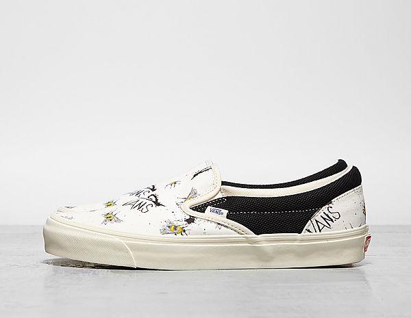 012b4877694cfe Footpatrol - Latest Premium Footwear