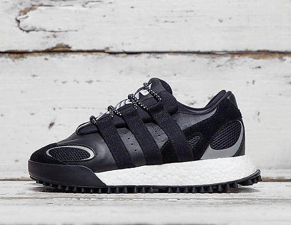 1db5ec4ae49c Footpatrol - Latest Premium Footwear