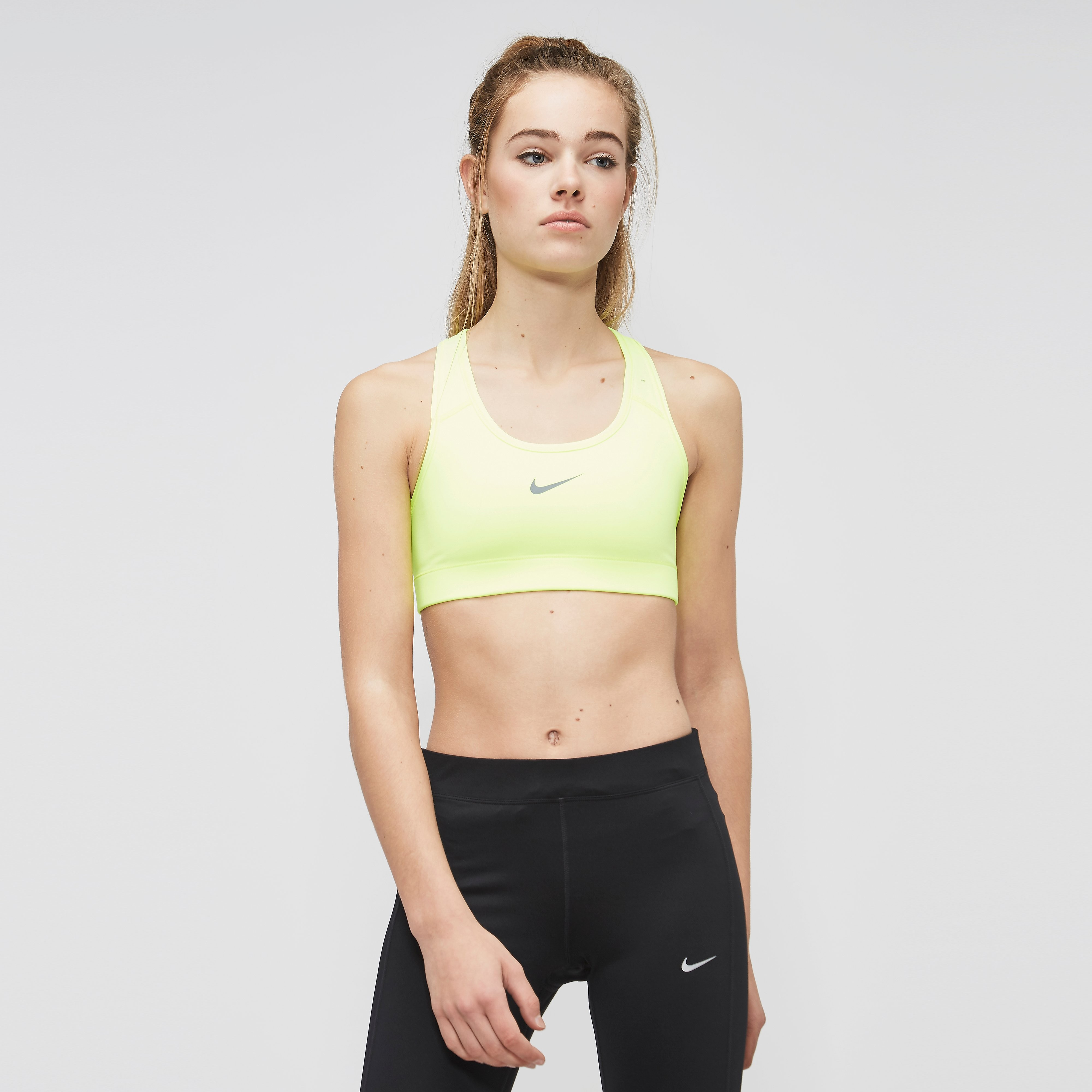 NIKE VICTORY COMPRESSION SPORTBEHA DAMES