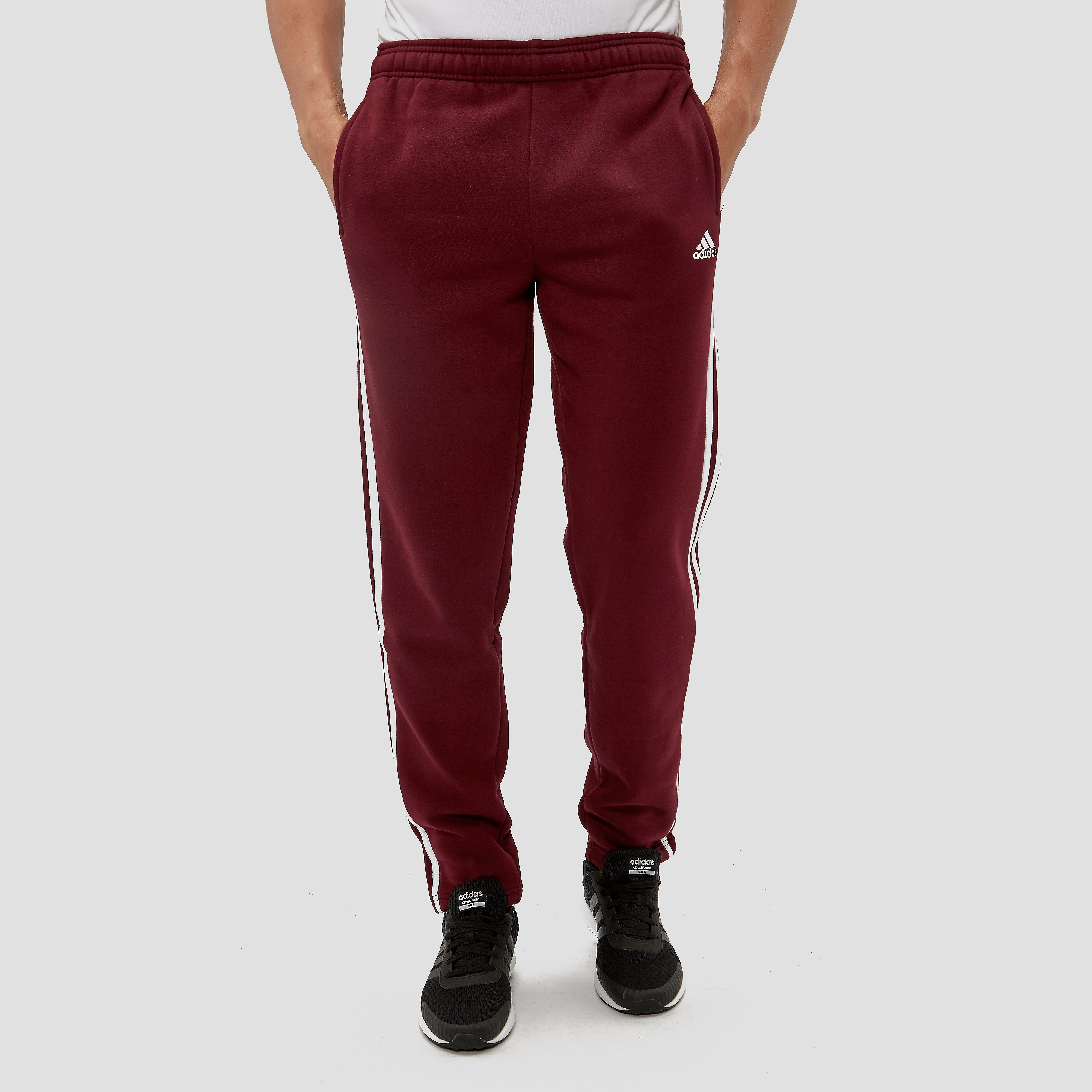 ADIDAS ESSENTIALS 3-STRIPES JOGGINGBROEK ROOD HEREN
