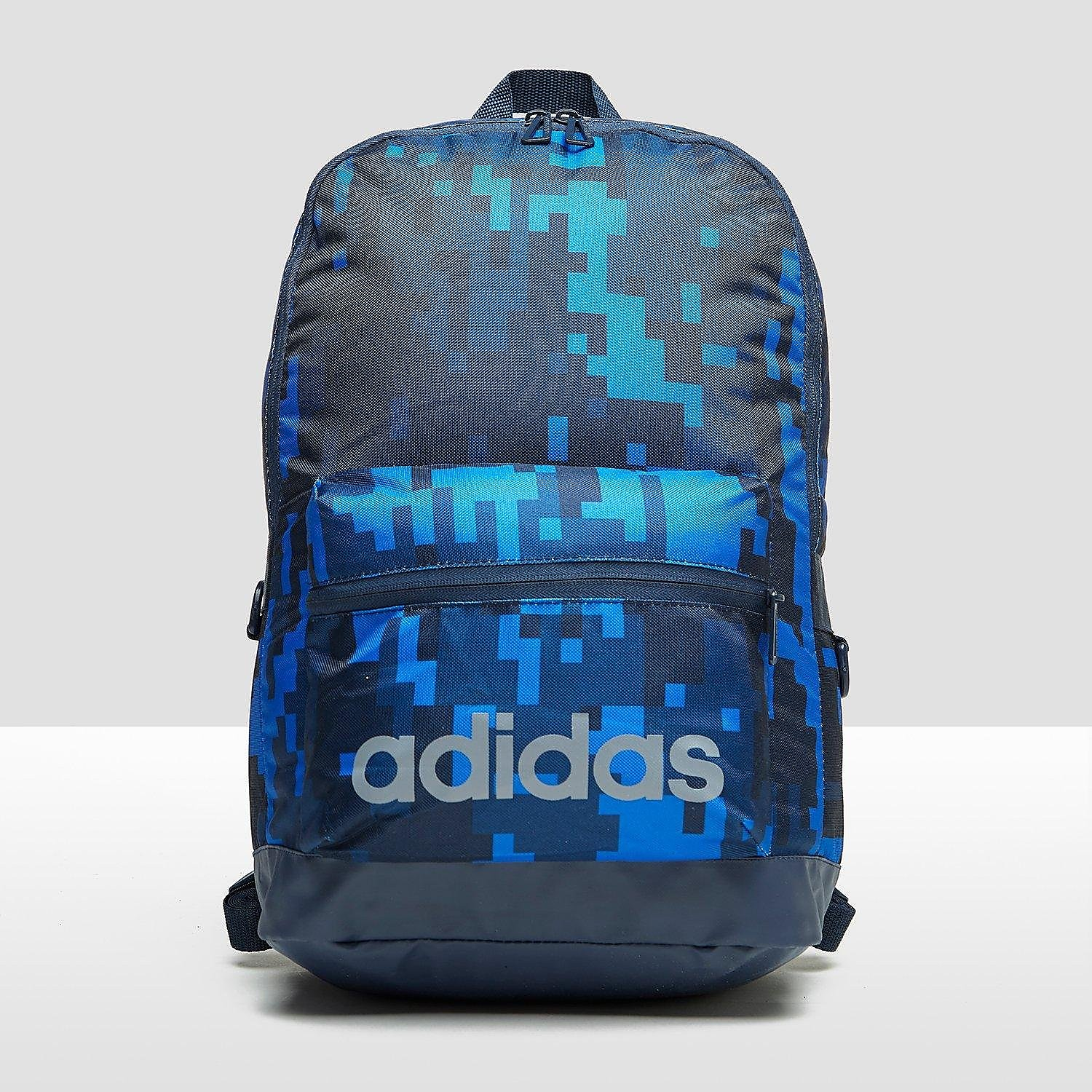 ADIDAS DAILY ALL-OVER PRINT RUGZAK BLAUW