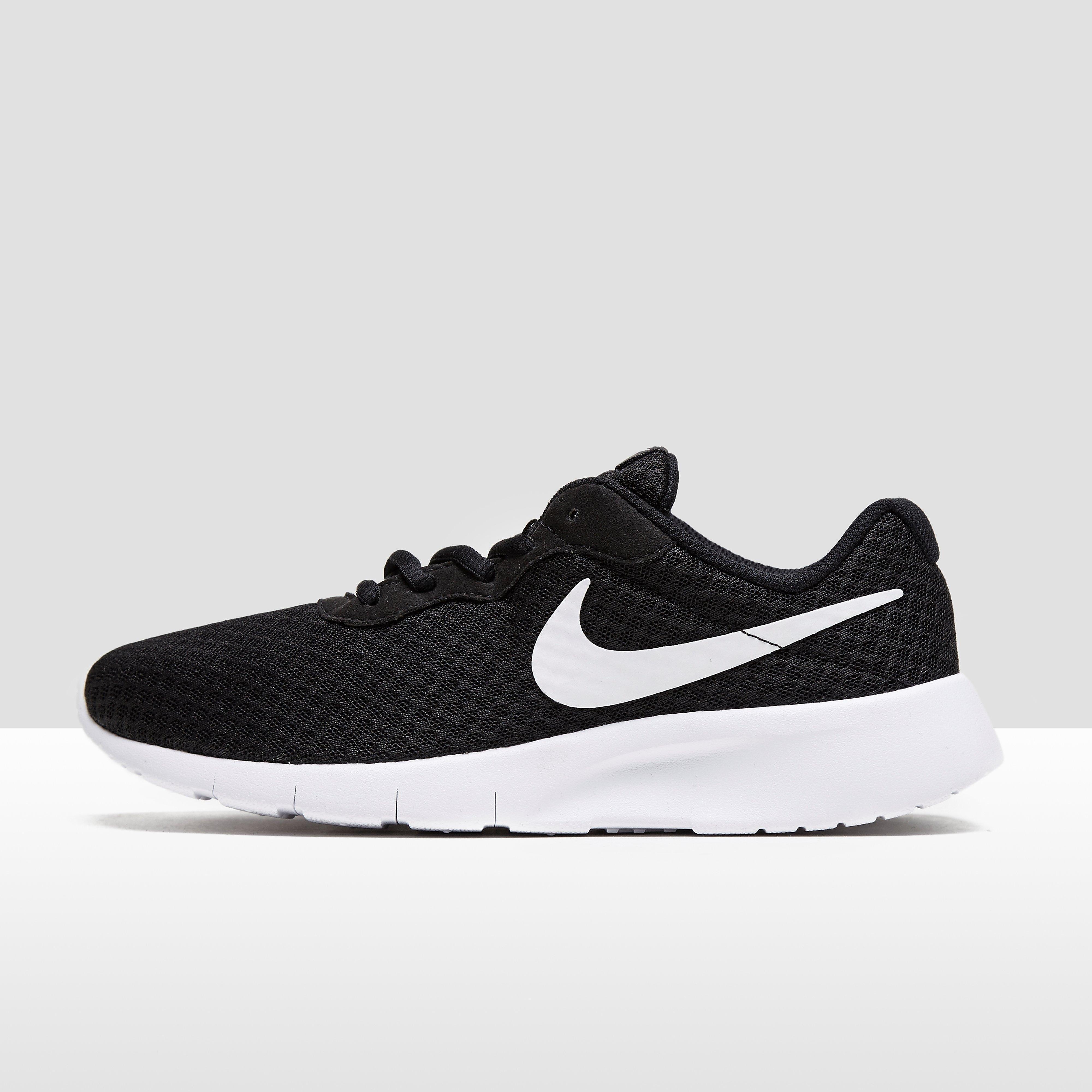 Meisjes Nike Schoenen online kopen? Vergelijk op Vindjeschoen.nl