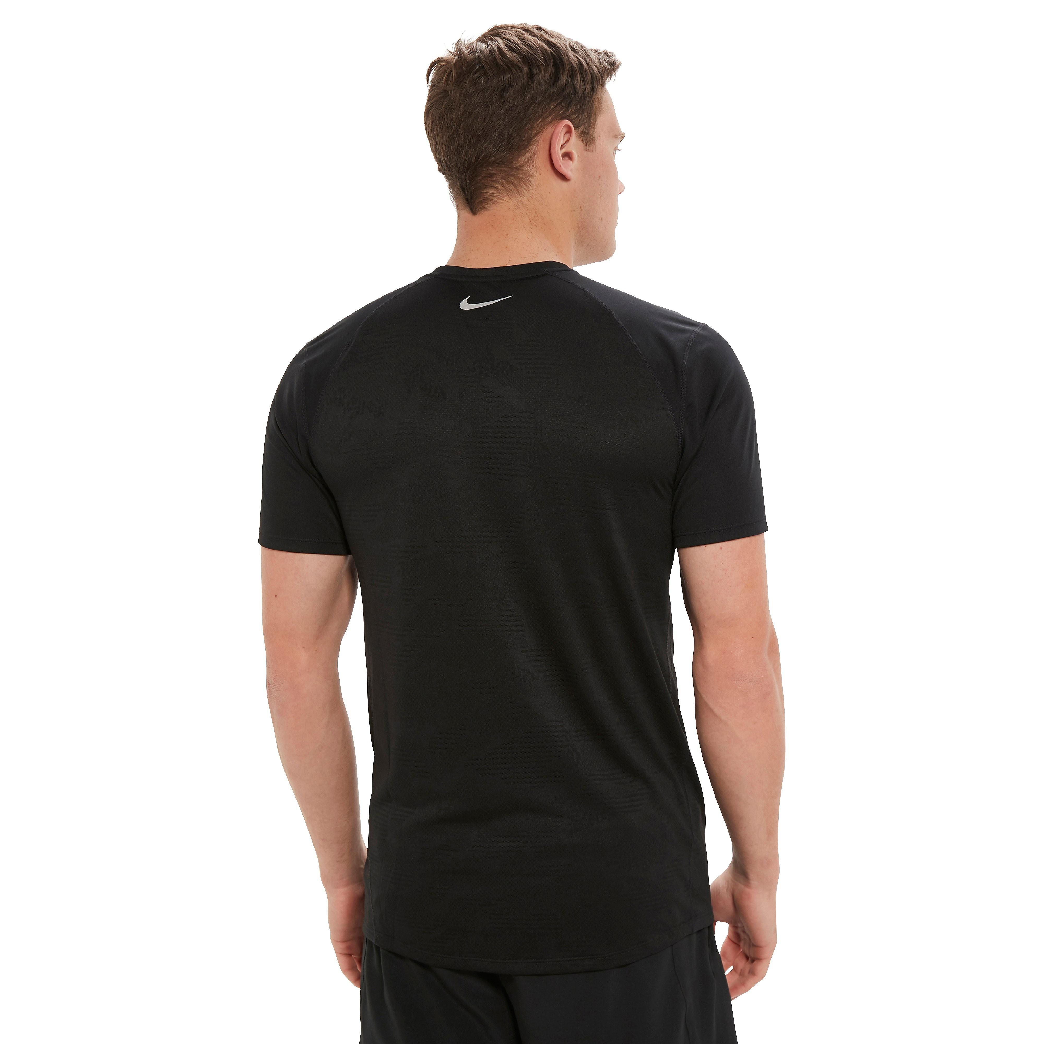 Nike Breathe Miler Men's T-Shirt