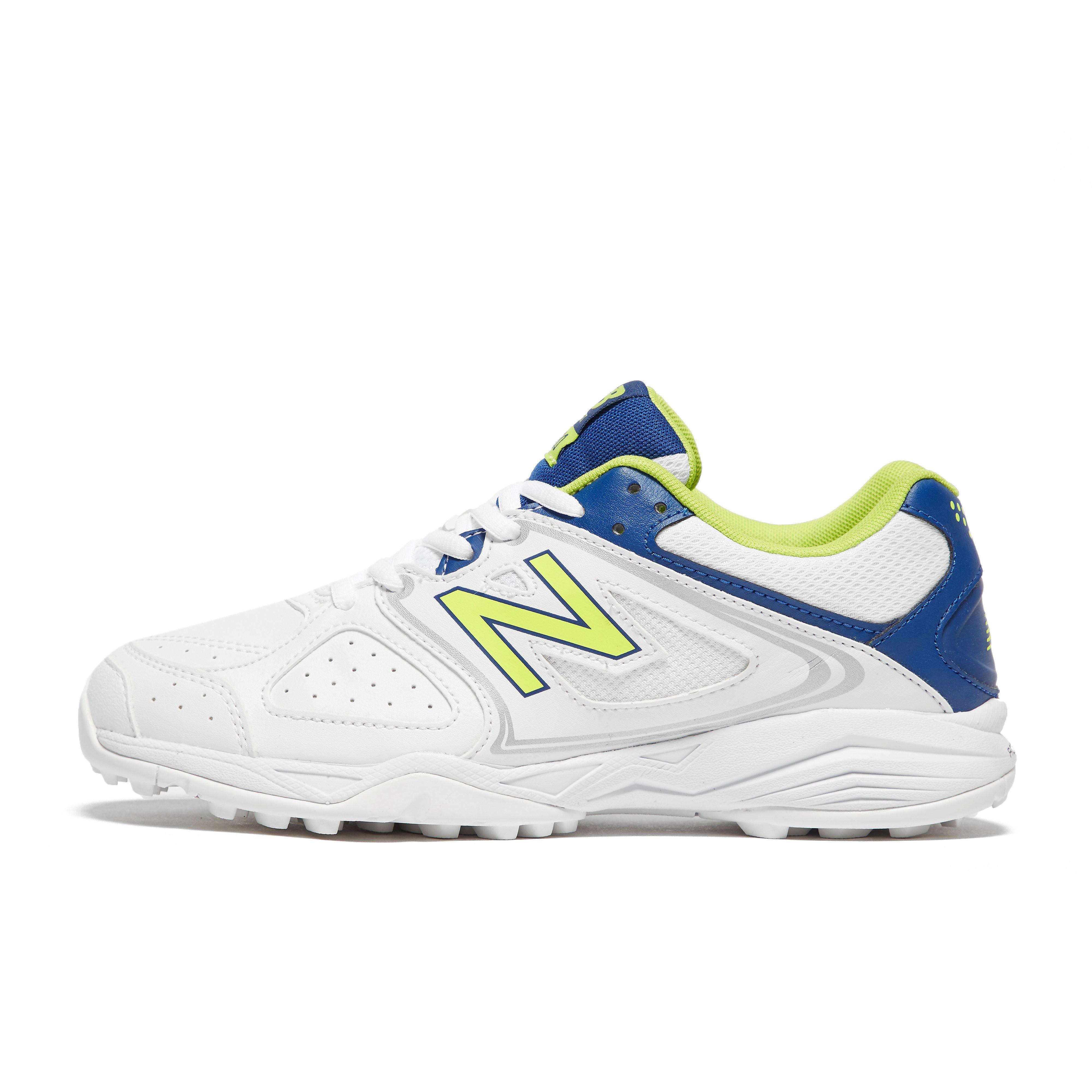 New Balance CK4020 Junior Cricket Shoes