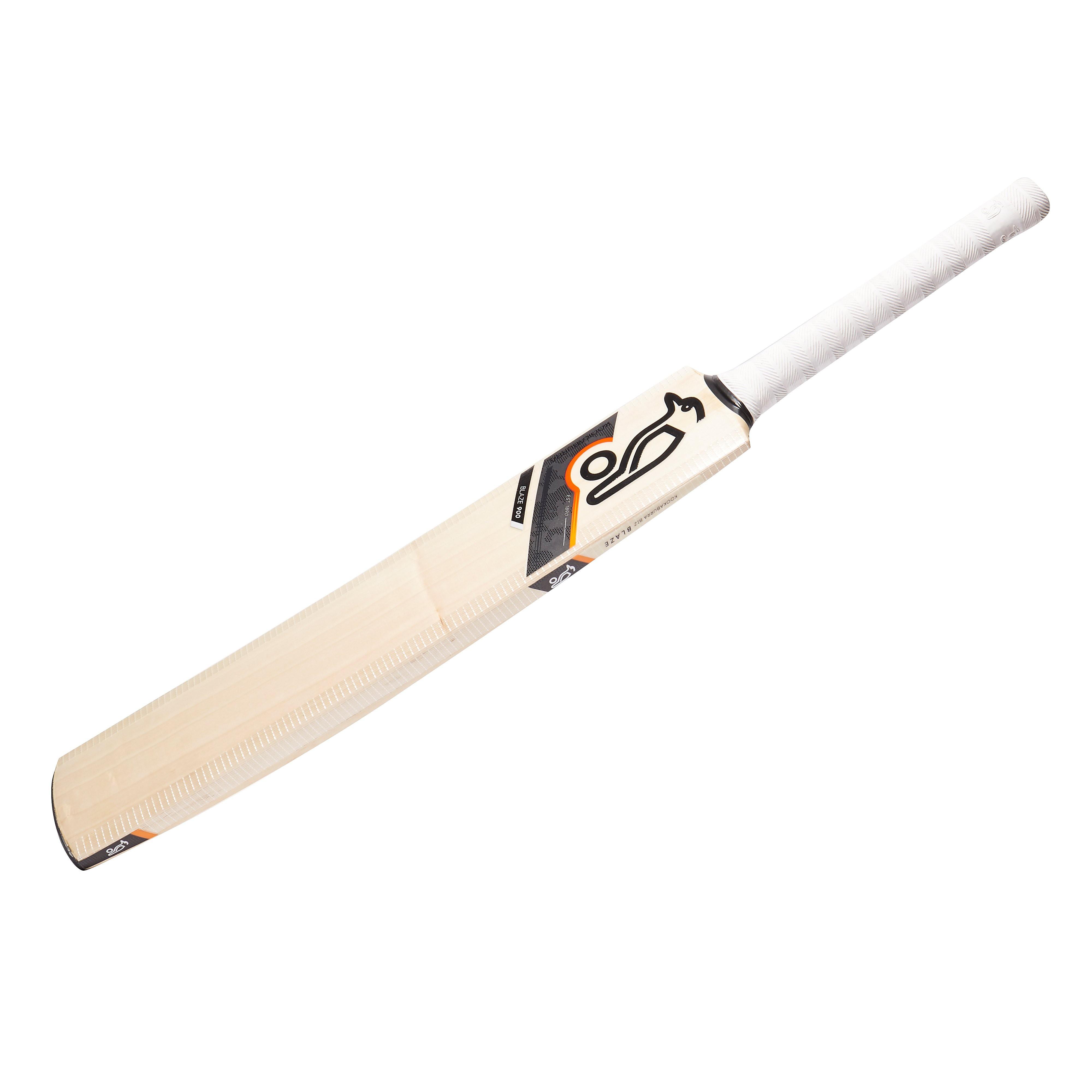Kookaburra Blaze 900 Junior Cricket Bat