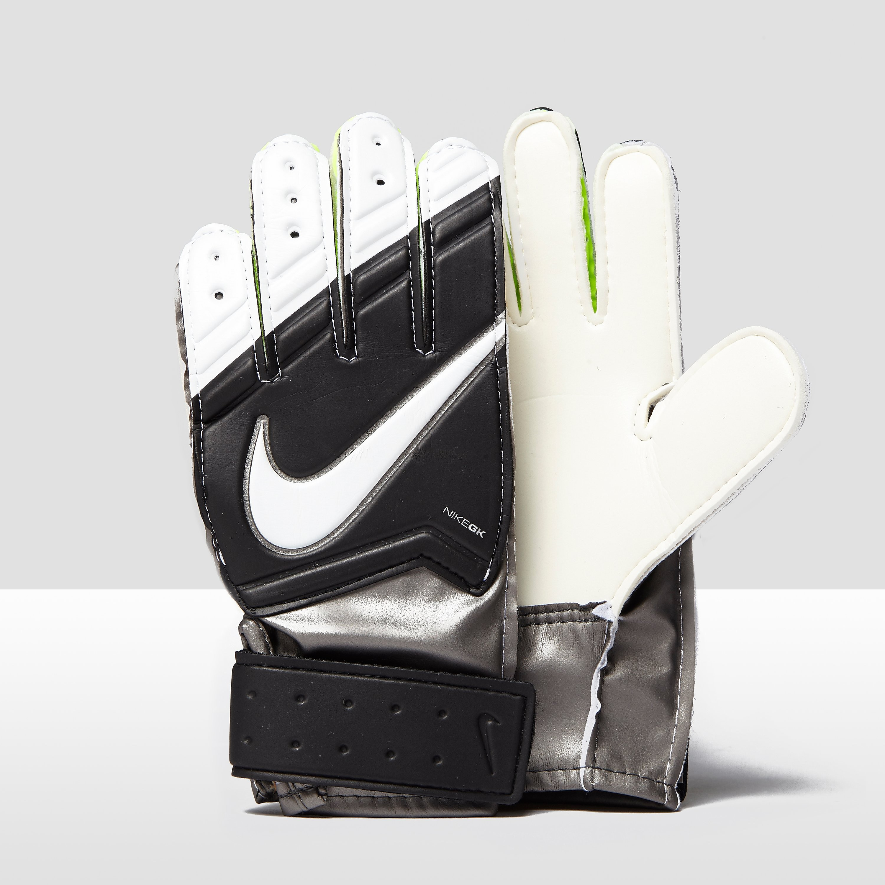 Nike Match Junior Goalkeeper Gloves