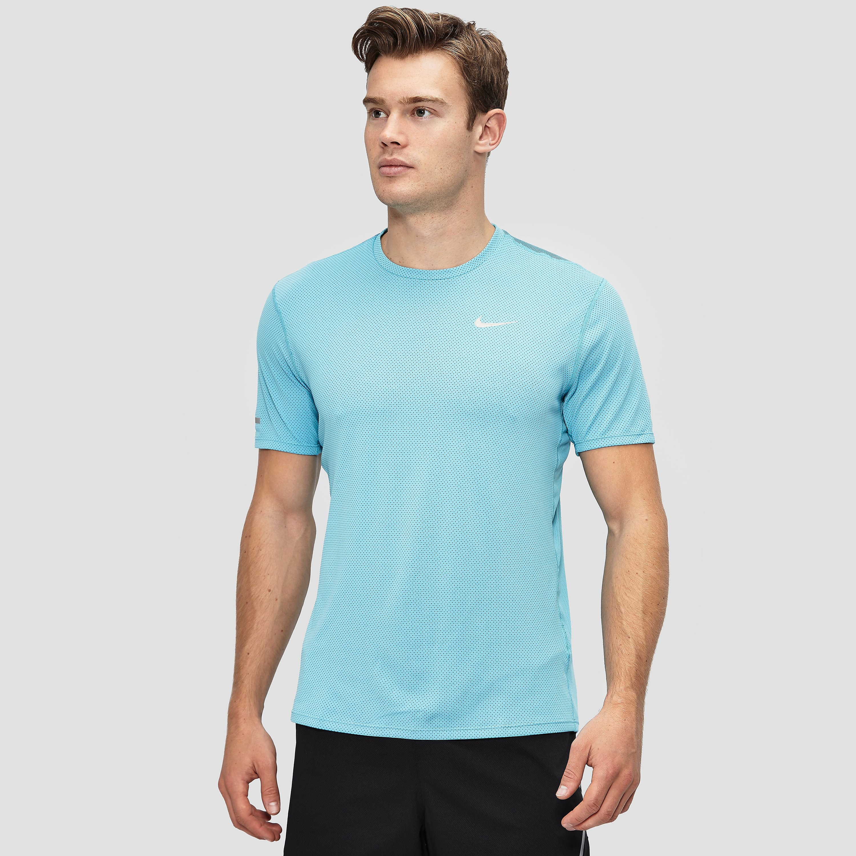 Nike Dri-FIT Contour Men's Running Short-Sleeve Shirt