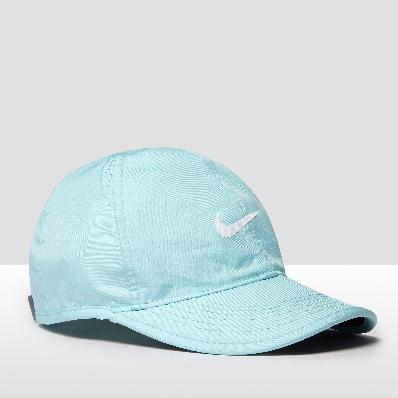 Nike Featherlight Ladies Tennis Hat