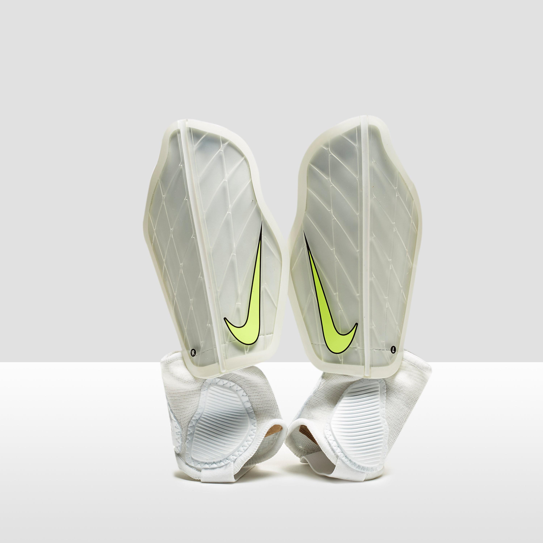 Nike Protegga Flex Football Shin Guard