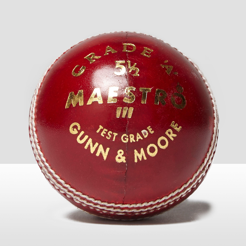Gunn & Moore Maestro Cricket Ball