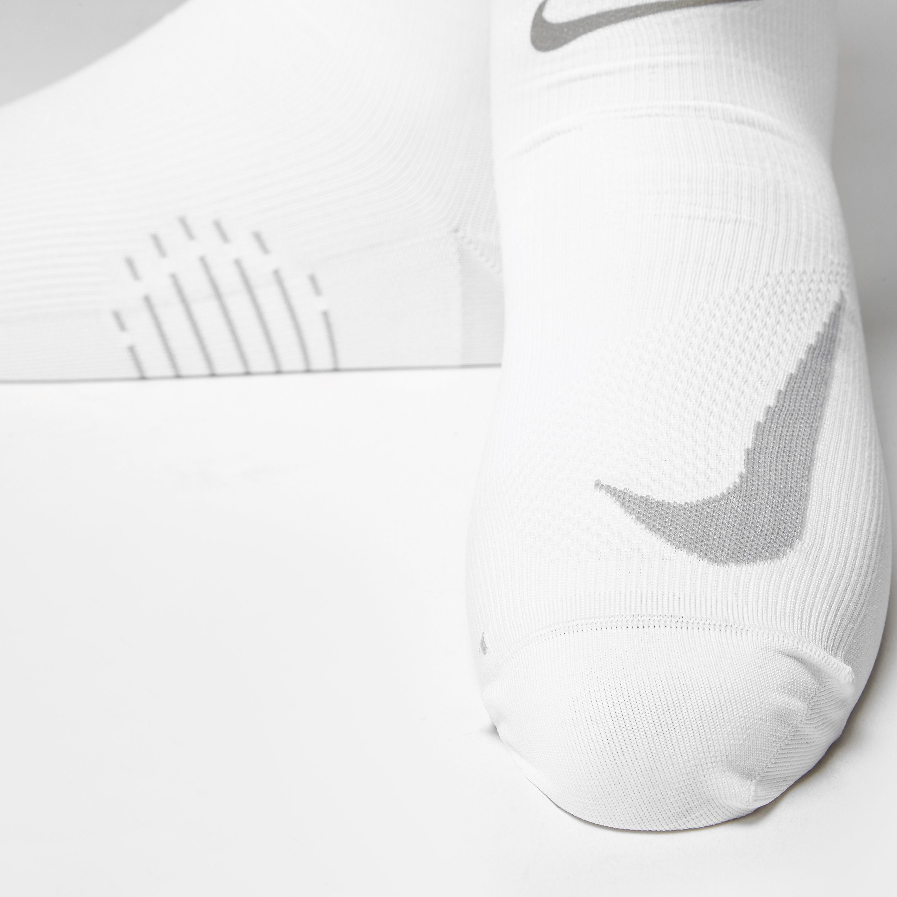 Nike Elite Run Lightweight Compression Socks