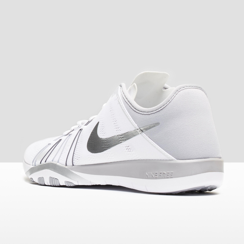 Nike WMNS NIKE FREE TR 6