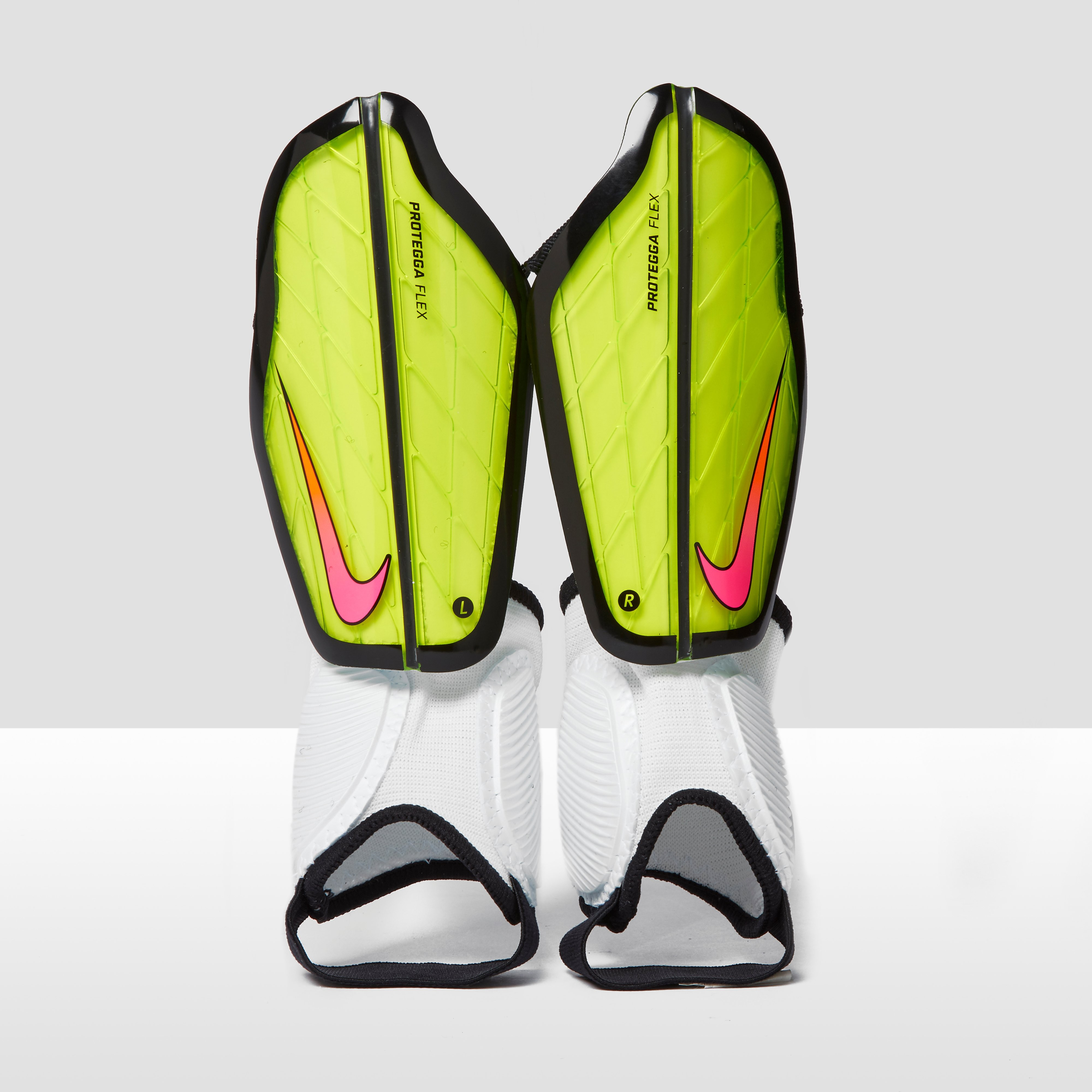 Nike Junior Protegga Flex Football Shin Guards