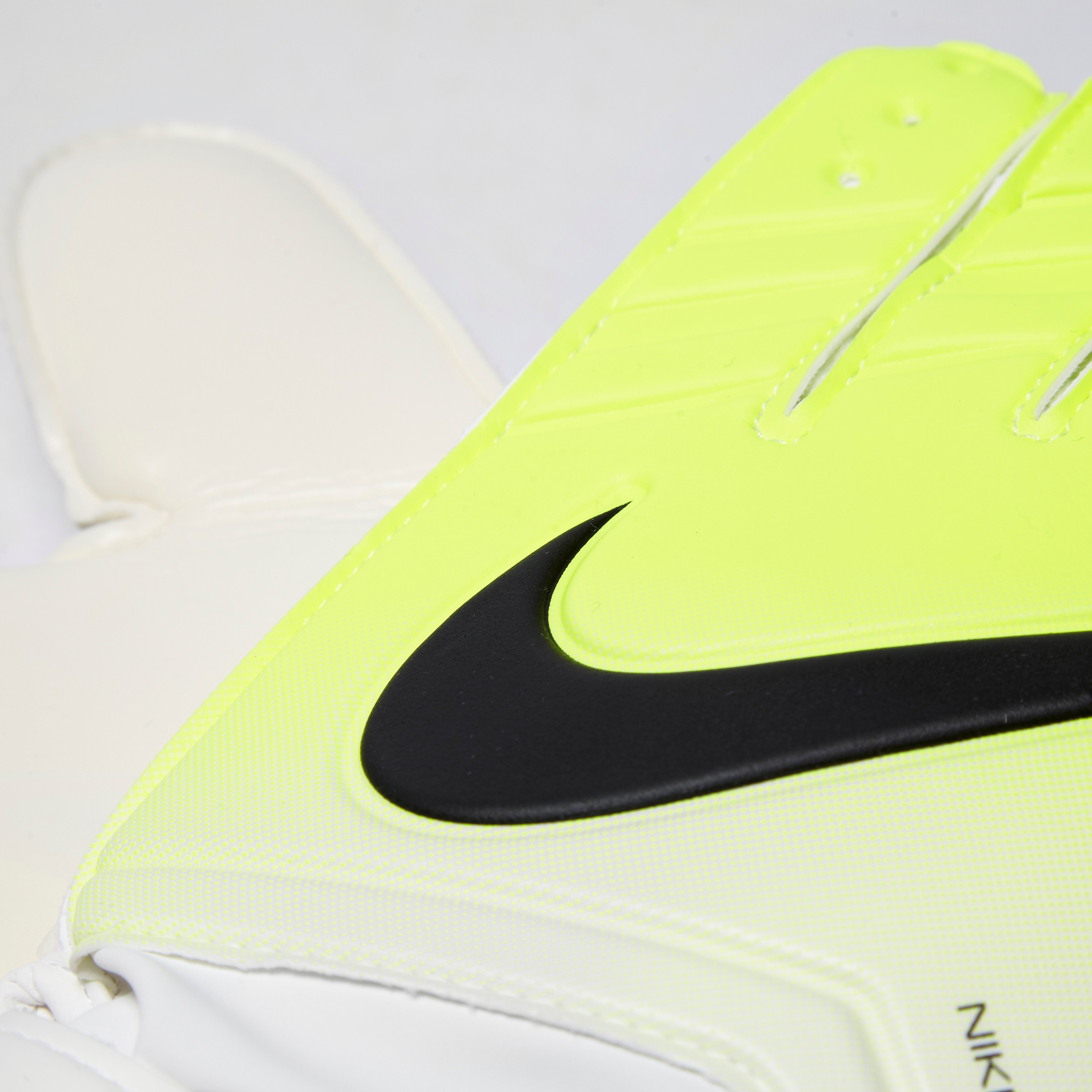 Nike Junior Match Goalkeeper Gloves